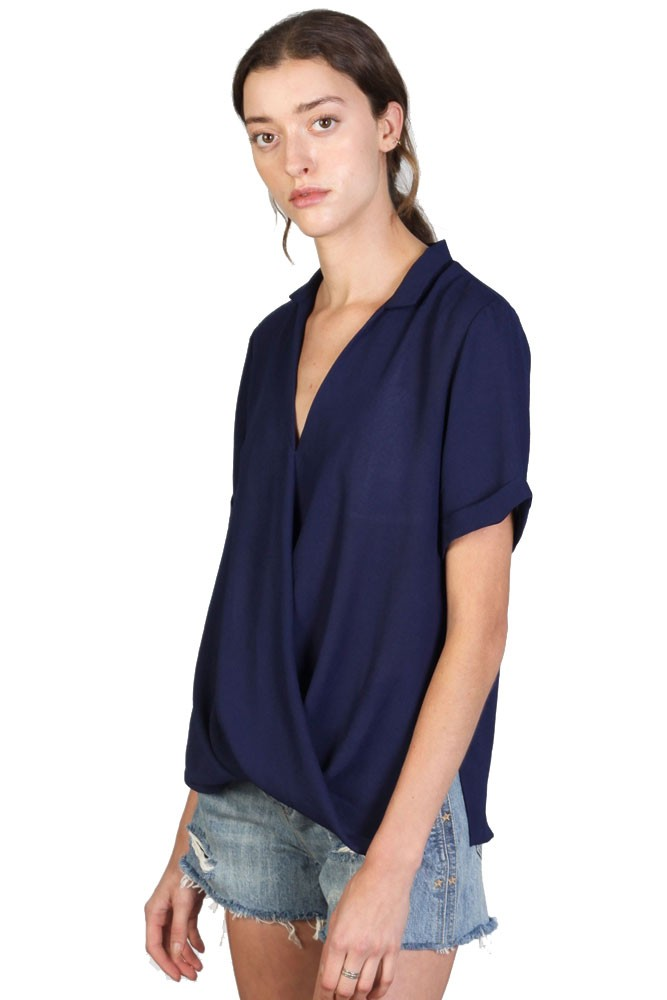 The Mulberry Woven Blouse (Navy)