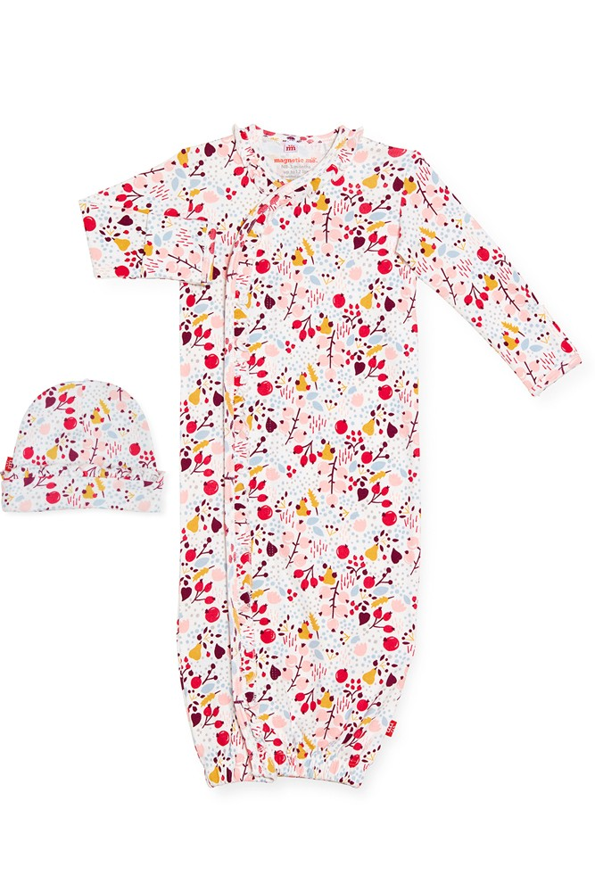 Magnetic Me™ 100% Organic Cotton Baby Gown & Hat Set (Pom Pom)